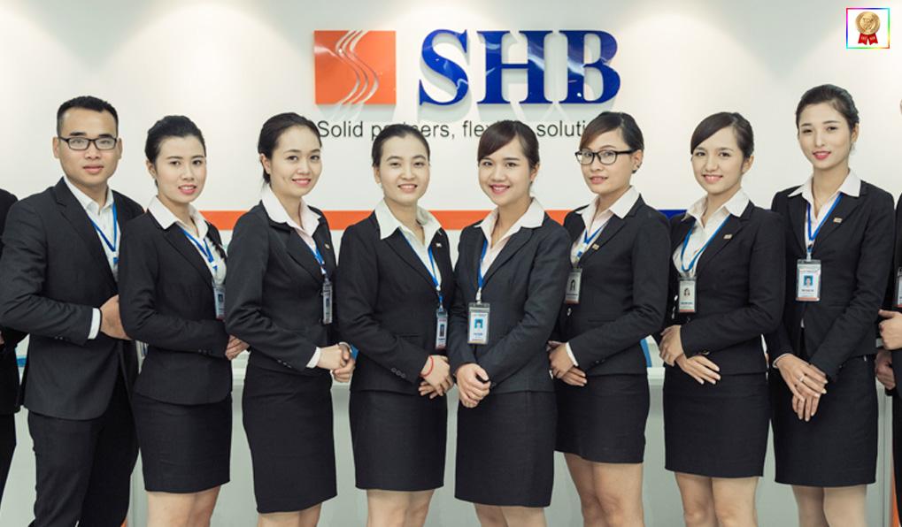 Nhân viên ngân hàng SHB