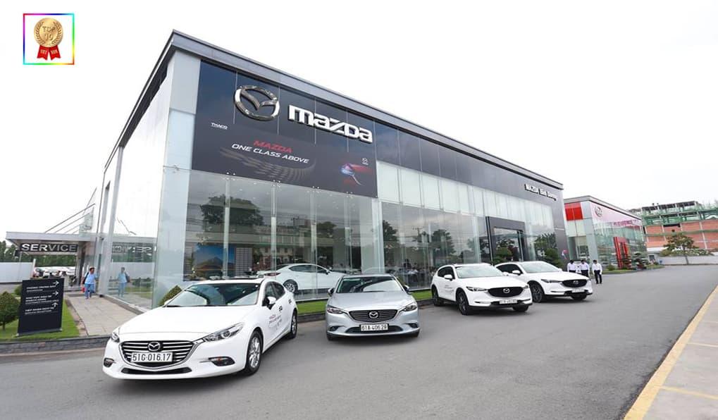 showroom ô tô Mazda